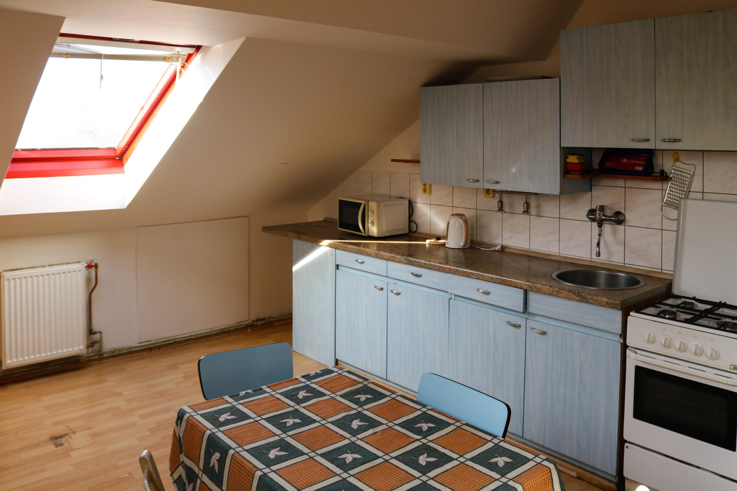 Kuchyň v apartmánu 7 v ubytování Hajírna Opava